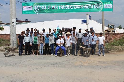 Hưởng ứng ngày Chủ Nhật Xanh - Sạch-Đẹp của Ban Quản lý các KCN và Chế xuất Đà Nẵng